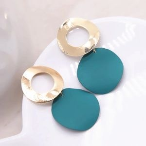 Jewelry - Gold Simple Round Ball Green Earrings